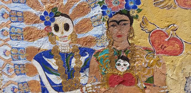 Colorful wall mural in Tlaquepaque, Mexico